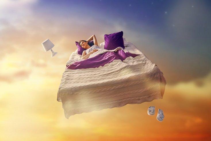 Зачем нужны осознанные сновидения?