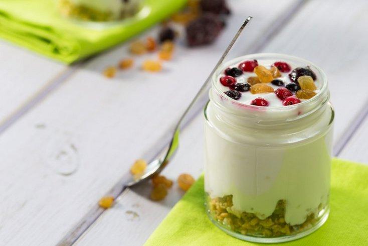 Что приготовить из йогурта: вкусные десерты