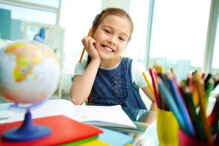 Собираем ребенка в школу: как выбрать канцелярские товары?