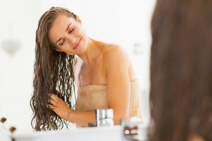Как смыть касторовое масло с волос?