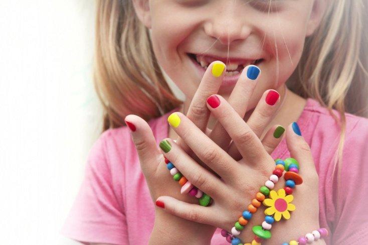 Информация для родителей: причины расслаивания ногтей