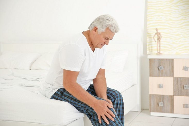 Боль и высокая температура как основные симптомы болезни