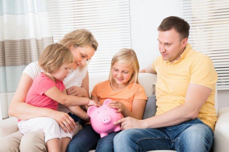 Деньги не заменят любовь и внимание