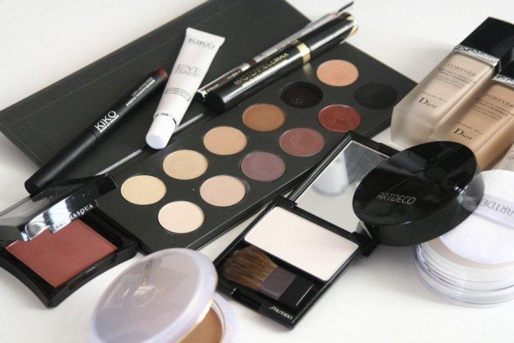 Состав косметических средств и здоровье кожи