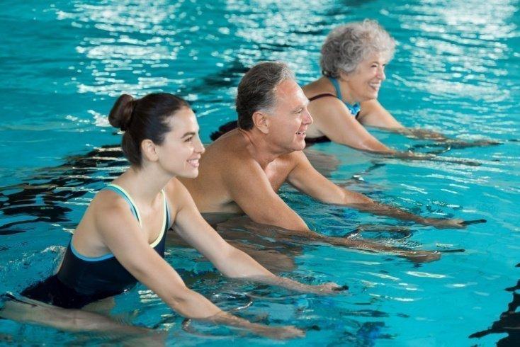 Рекомендации по выполнению фитнес-программы в бассейне