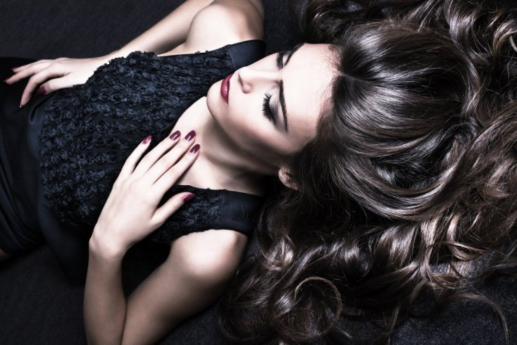 Экранирование волос: прозрачное и цветное