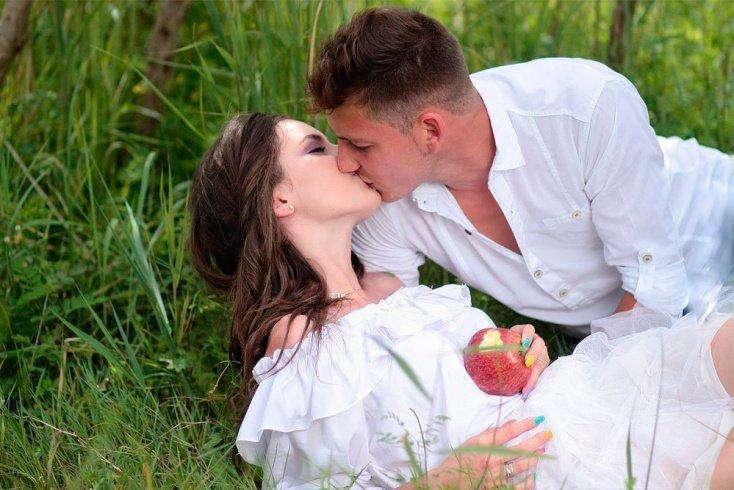 Почему вспыхивают курортные романы