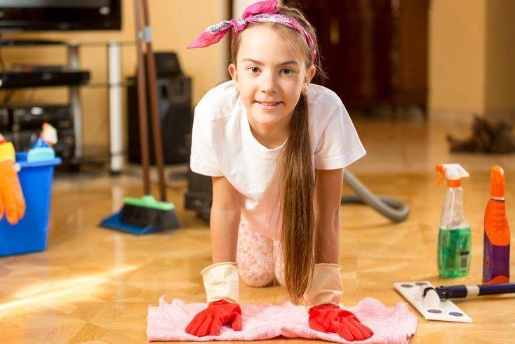 Как применяют средства дезинфекции в детской