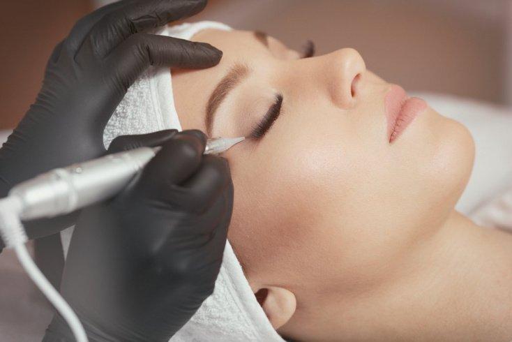 Как подобрать правильный макияж (татуаж) для лица?