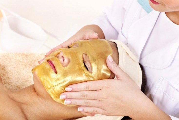 Какие ингредиенты средств для кожи вредят лицу?
