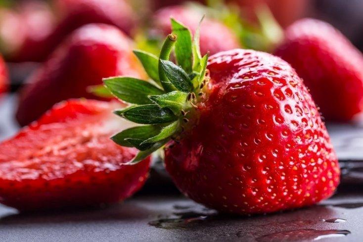 Клубника для здоровья: правильное питание с ароматной ягодой