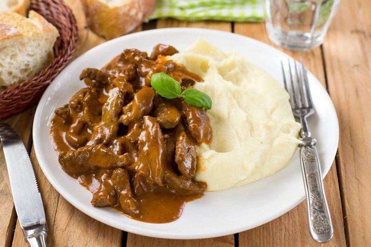 Бефстроганов из говядины: рецепт классический мясного блюда