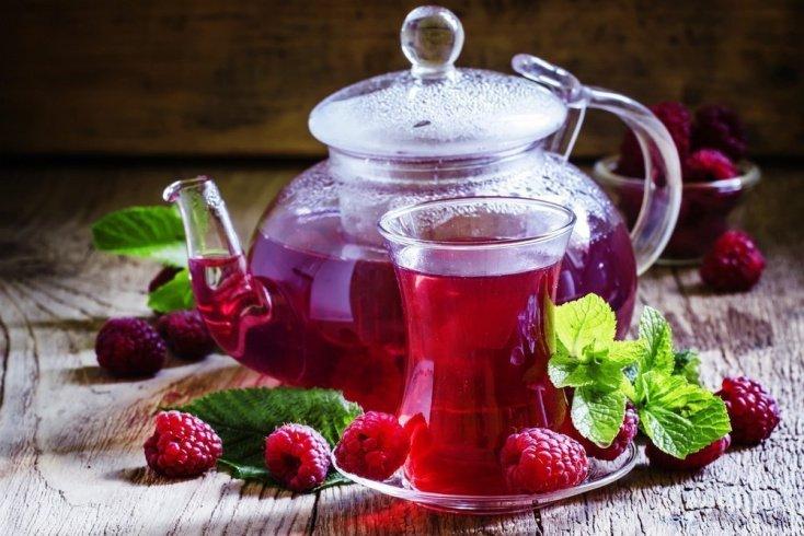Чай с малиной: лечение простудных болезней