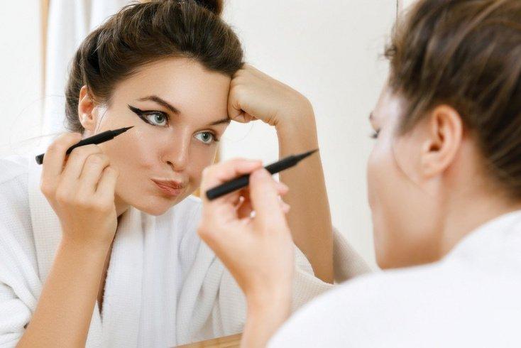 Слишком «плотный» макияж