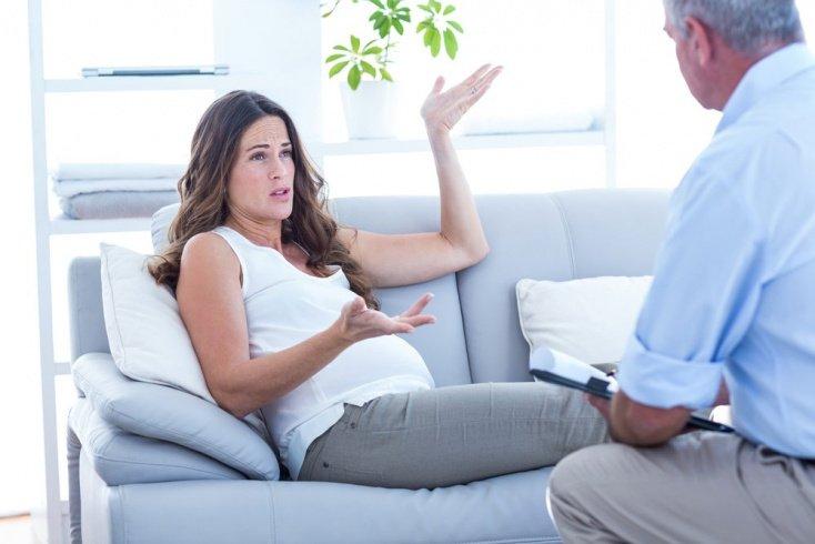 Профилактика депрессивного состояния после родов начинается во время беременности