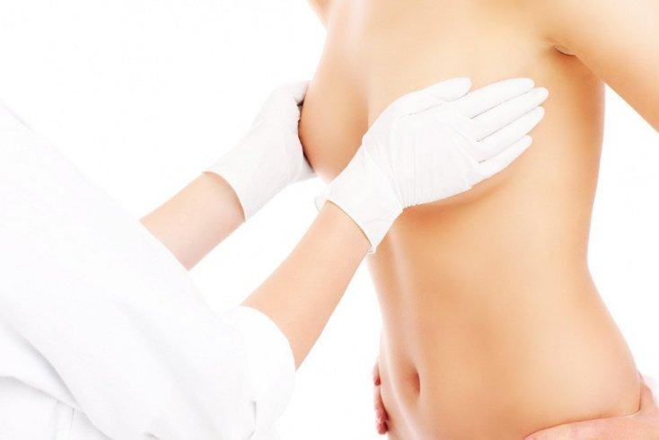 Почему груди теряют форму и красоту?