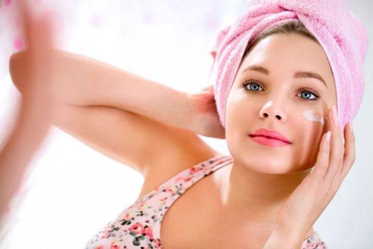 Витамин А в борьбе с мелкими дефектами кожи