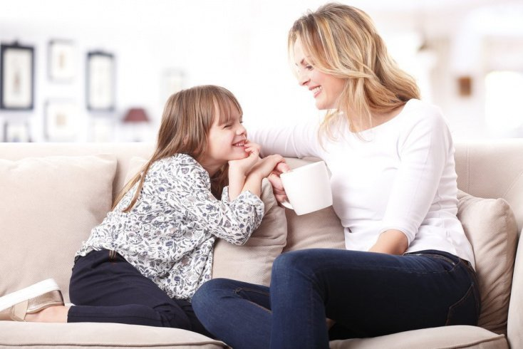 Ласка родителей должна быть по возрасту ребенка
