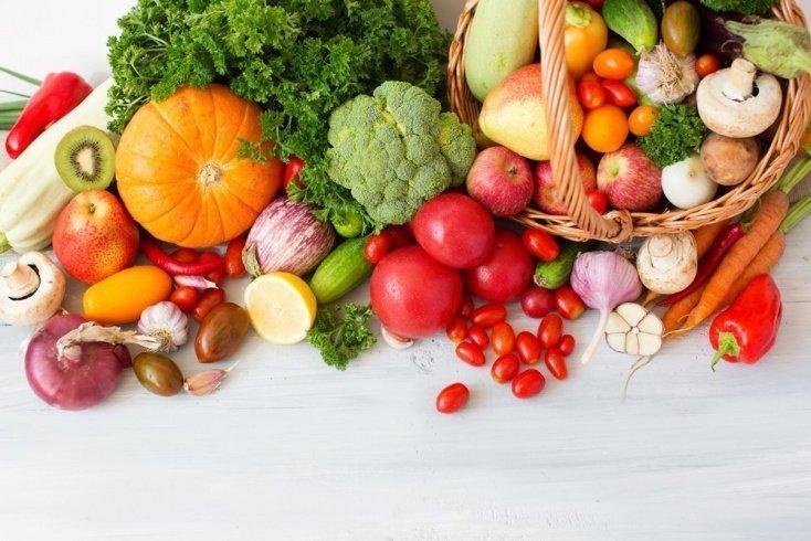 Поддержать массу тела помогут свежие фрукты и овощи