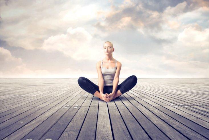 Сконцентрироваться на эмоциях поможет медитация