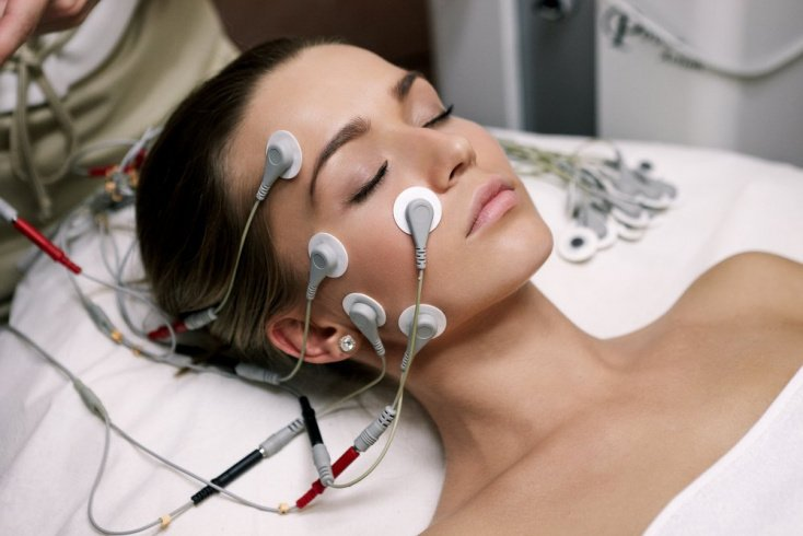 Микротоковая терапия для молодости кожи