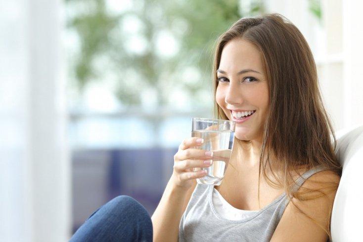 Пейте воду для профилактики патологий почек