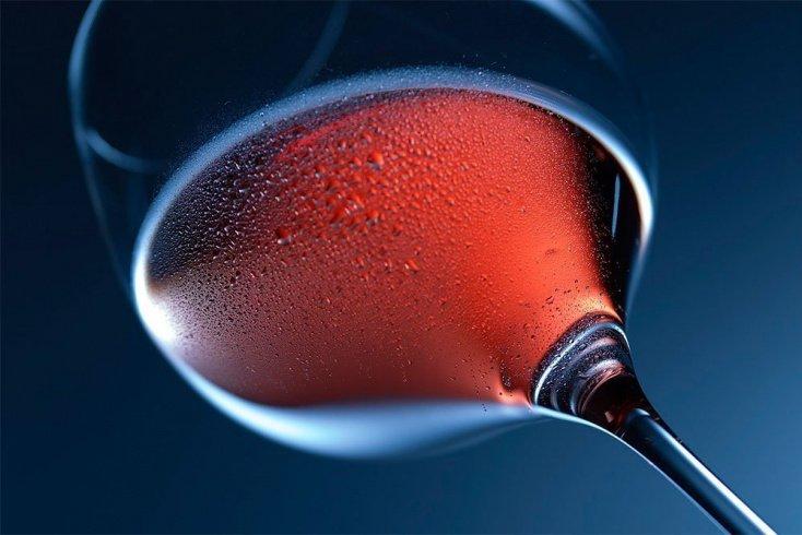 9. Красное вино против старения