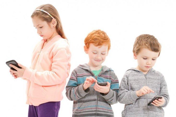 Дети и современные устройства