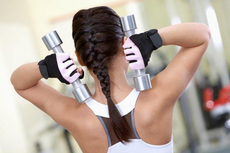 Занятия фитнесом для трицепса