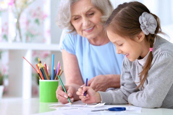Какие бывают бабушки и дедушки?