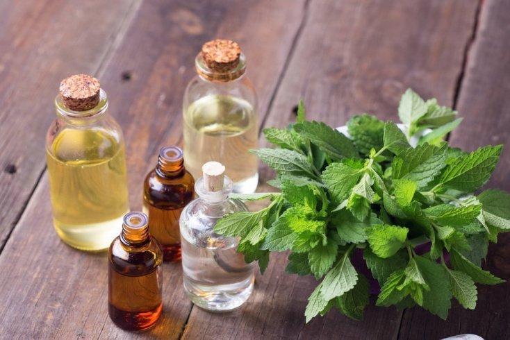 Эфирные масла для уменьшения боли и отечности