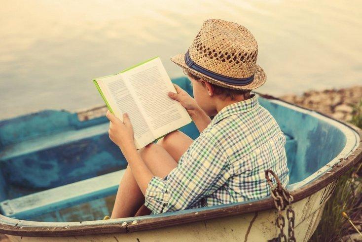 Этапы приобщения малыша к книгам