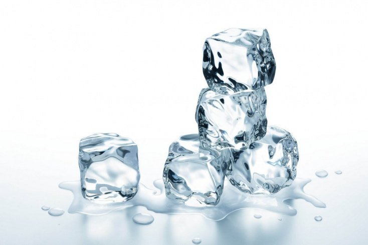 Польза привычки использования косметического льда для красоты кожи