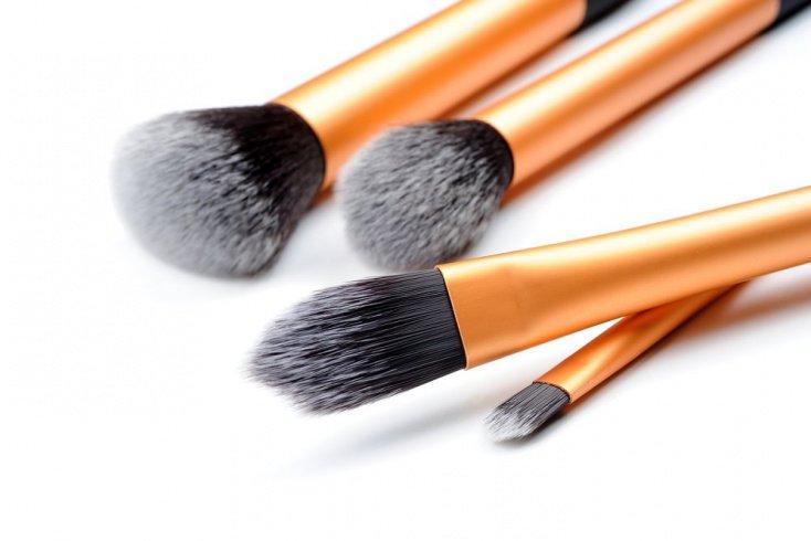 Искусственный ворс: для косметики кремовой и жидкой текстуры
