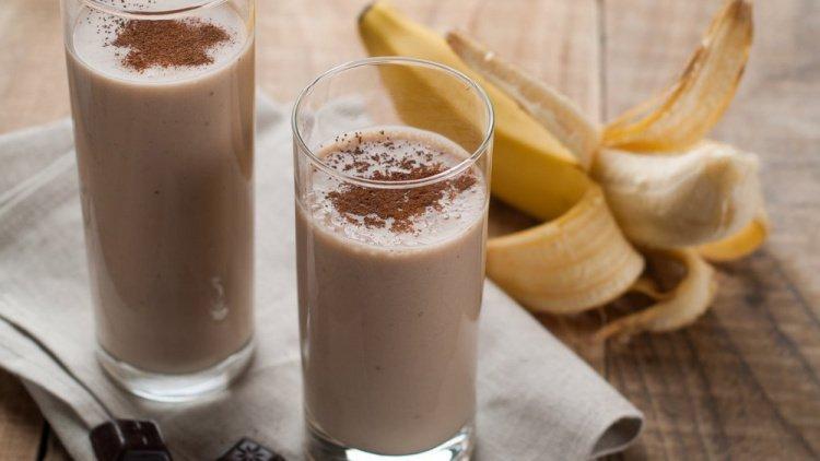Make a Chocolate Banana Shake Source: joannasteven.com